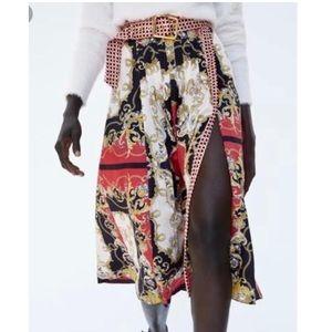 Zara Chain print, pleated skirt
